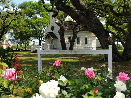Round Top Haw Creek Chapel