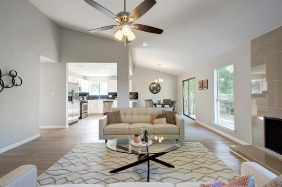 1501 Quail Hollow Drive Austin TX 78758 Living Room View