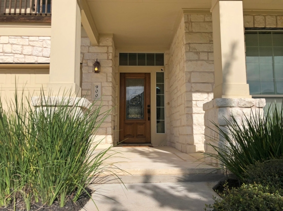2 900 Canyon Springs Drive Front Entry