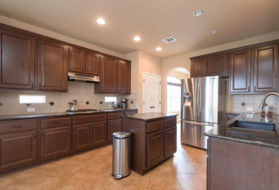 4 900 Canyon Springs Drive Kitchen