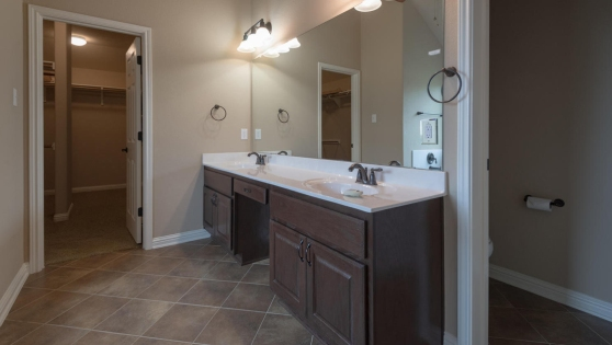 6 900 Canyon Springs Drive Master Bath