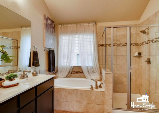 936 Purple Moor Pass Leander TX 78641 Master Bath